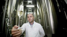 «Абрау-Дюрсо» выпустила воду со вкусом шампанского