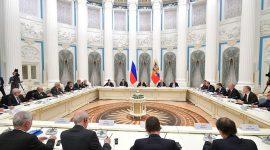 Встреча президента России Владимира Путина с представителями деловых кругов Франции