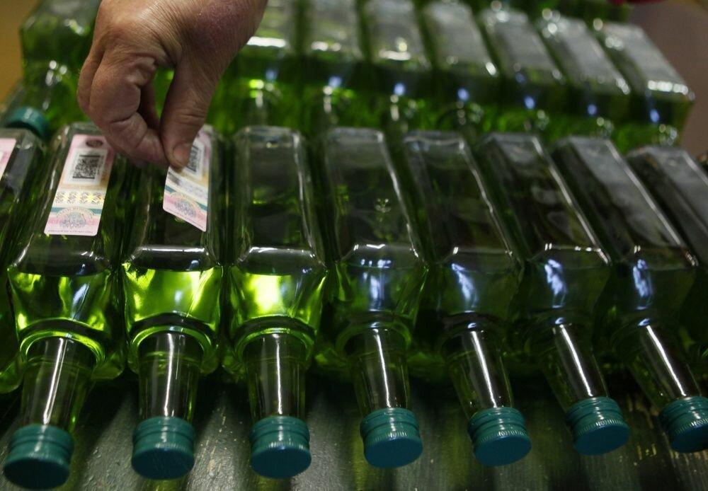 В Оренбургской области из незаконного оборота изъяли почти 14 тыс. литров алкоголя