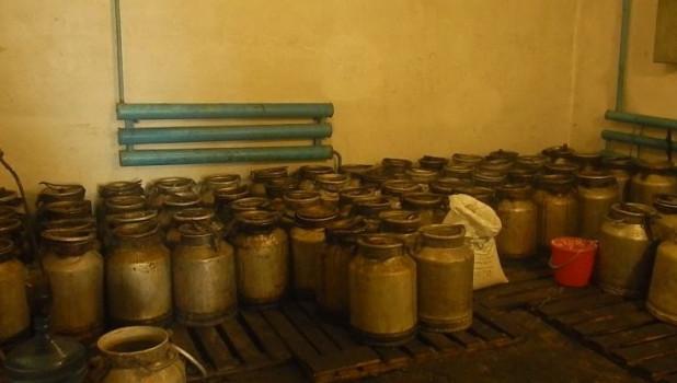 Тонны нелегального алкоголя изъяли в регионах